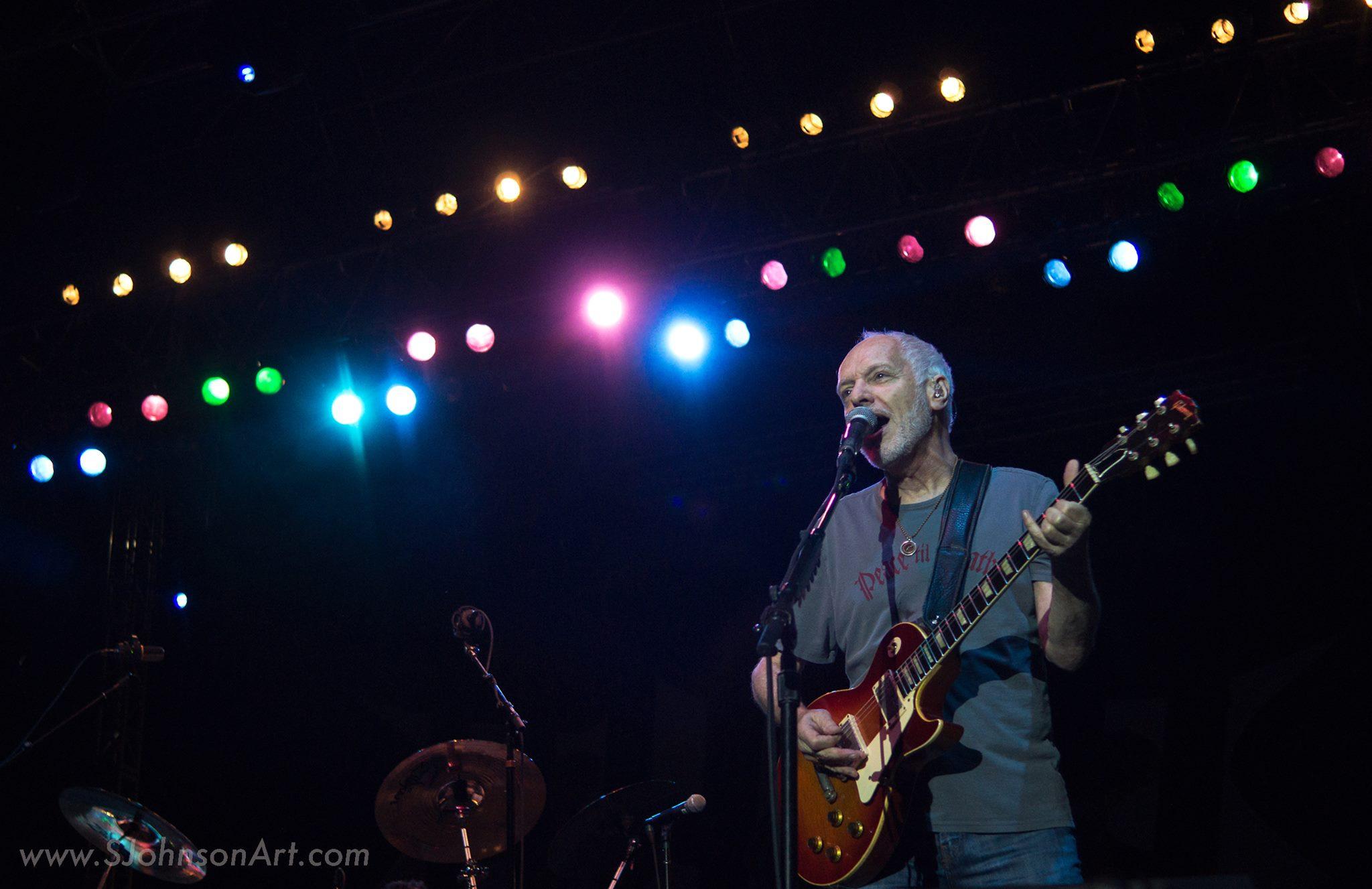 Peter Frampton sings at Wildflower Music Festival in Richardson, TX