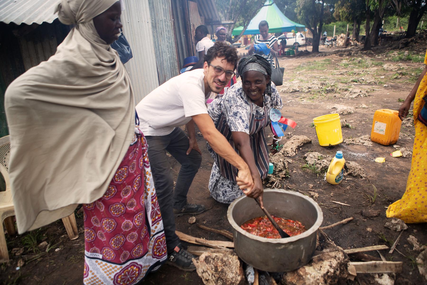 Kochen mit vereinten Kräften für über 300 Leute
