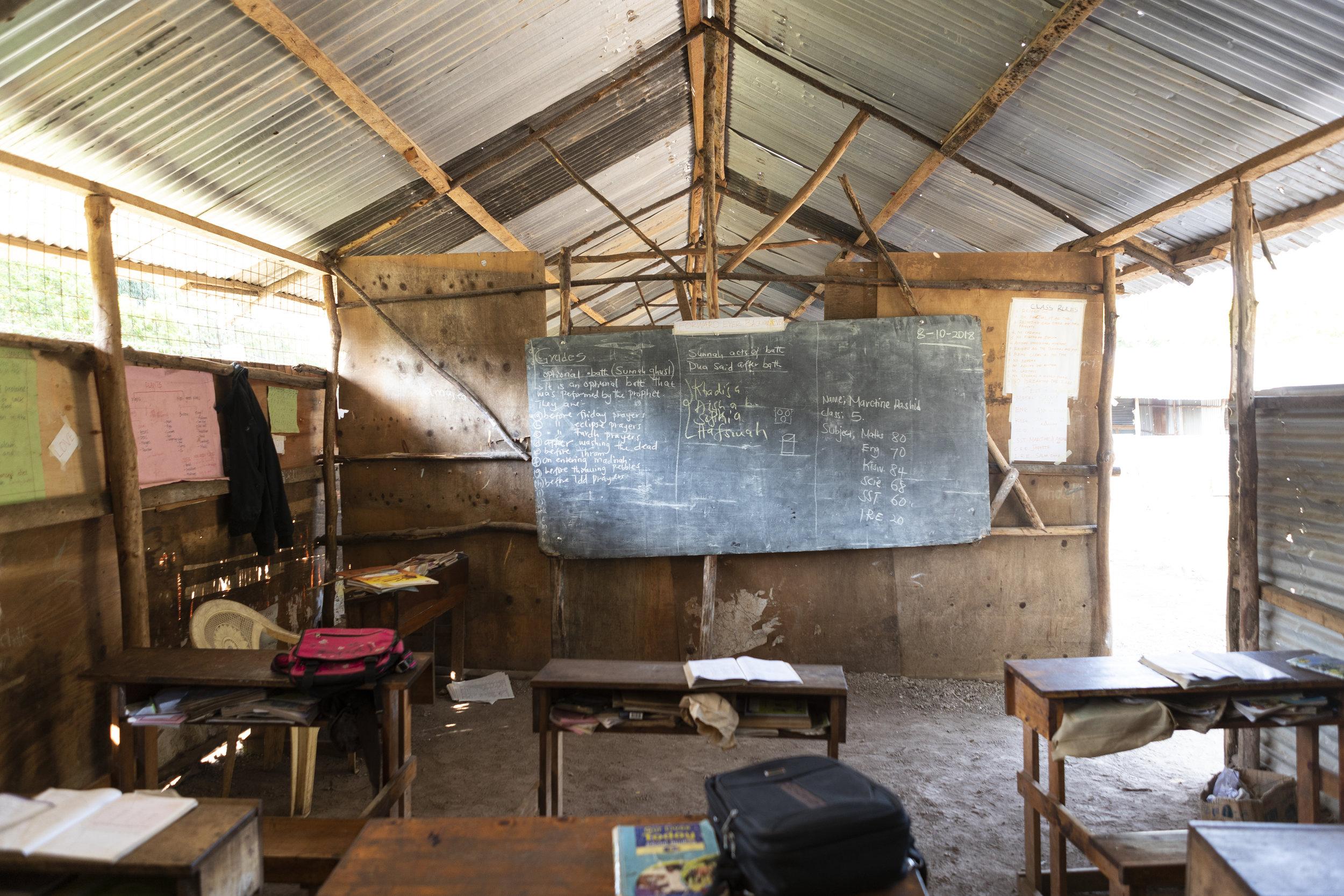 So sieht das aktuelle provisorische Klassenzimmer aus. (Foto: Milan Rohrer)
