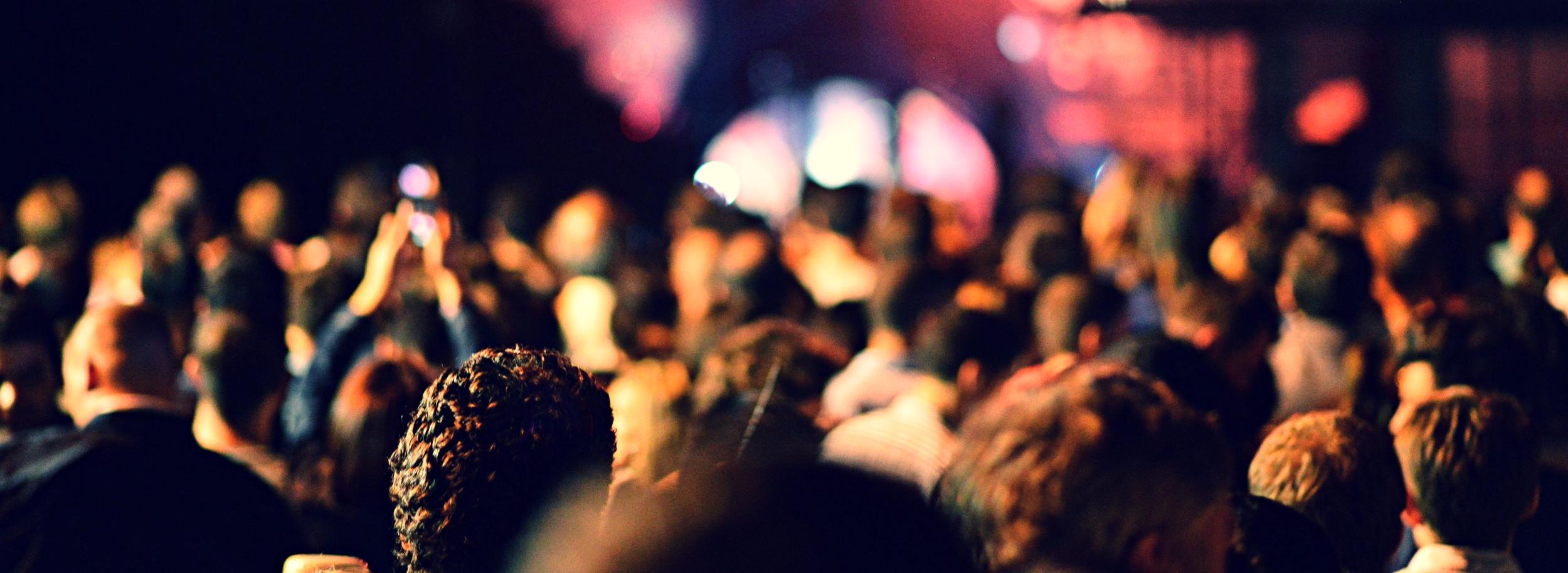 blur-community-crowd-5156.jpg