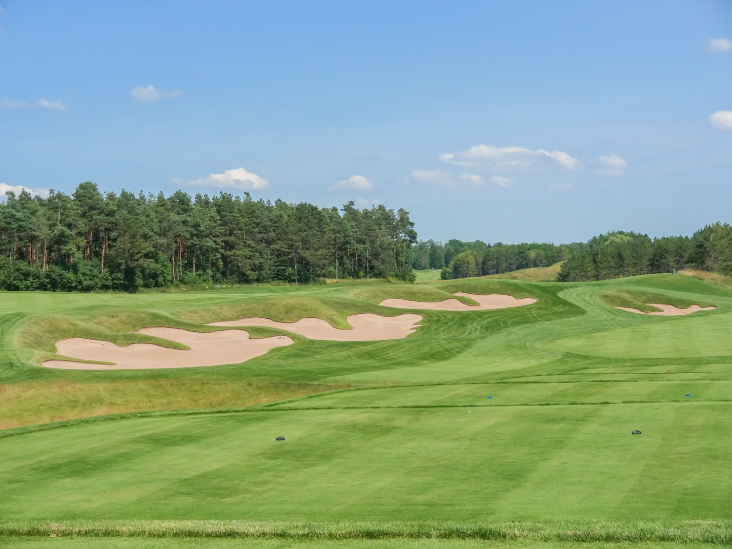 Looking over the 18th (left) and ninth (right) fairways (Photo by Martin Ojaste)