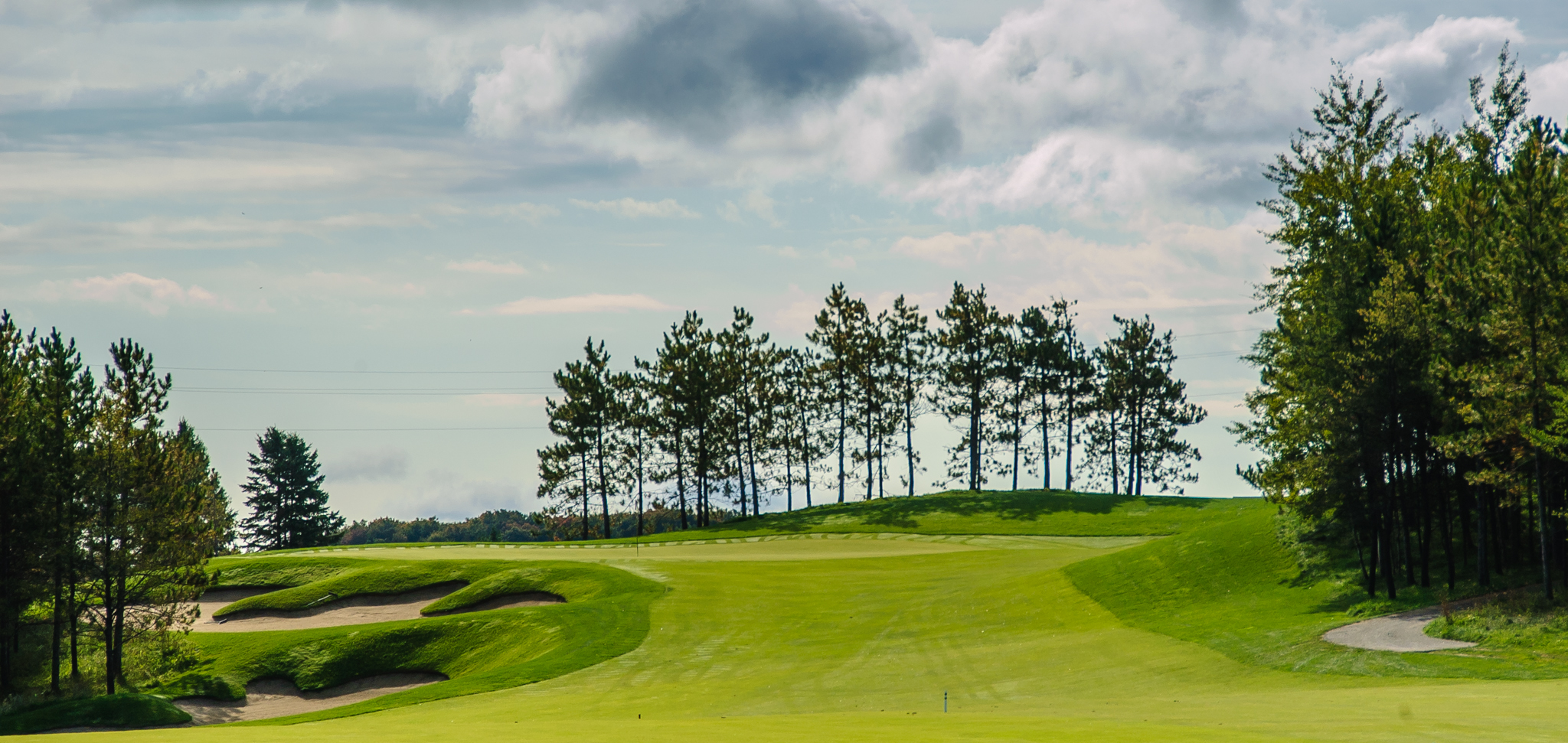 Approaching the ninth green (Photo by Martin Ojaste)