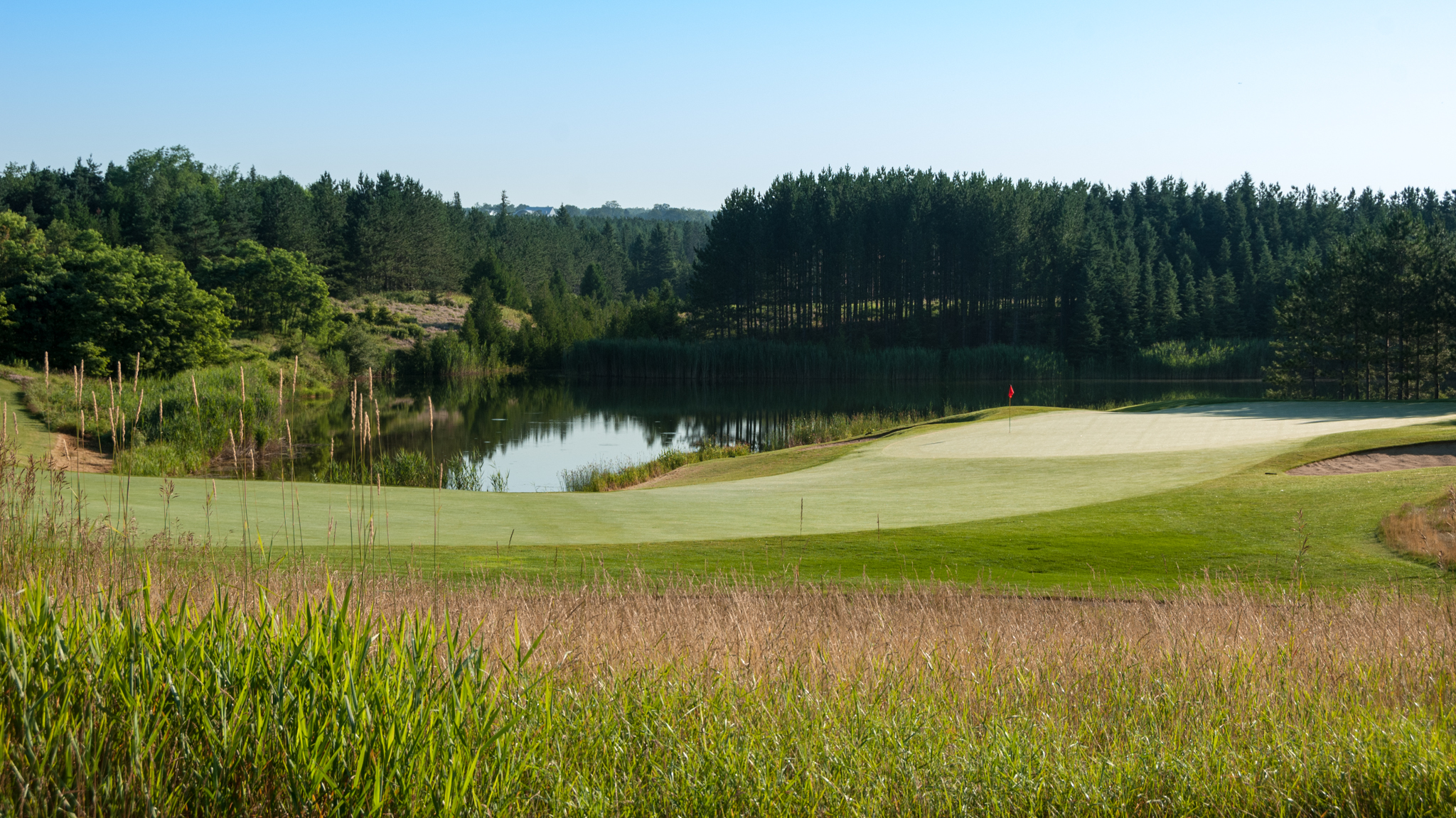 The approach and green of the finishing hole (Photo by Martin Ojaste)