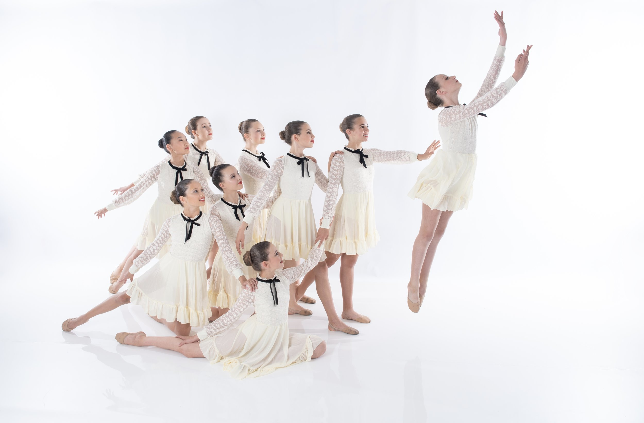 LYRICAL - Lyrical is One of the most gorgeous styles of dance, it is a fusion of ballet and jazz techniques. Dancers will learn to use motion and emotion to really interpret and showcase the meaning of the music.