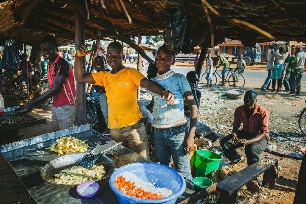 iNNOVATIONphotography-Malawi-market-3778.jpg