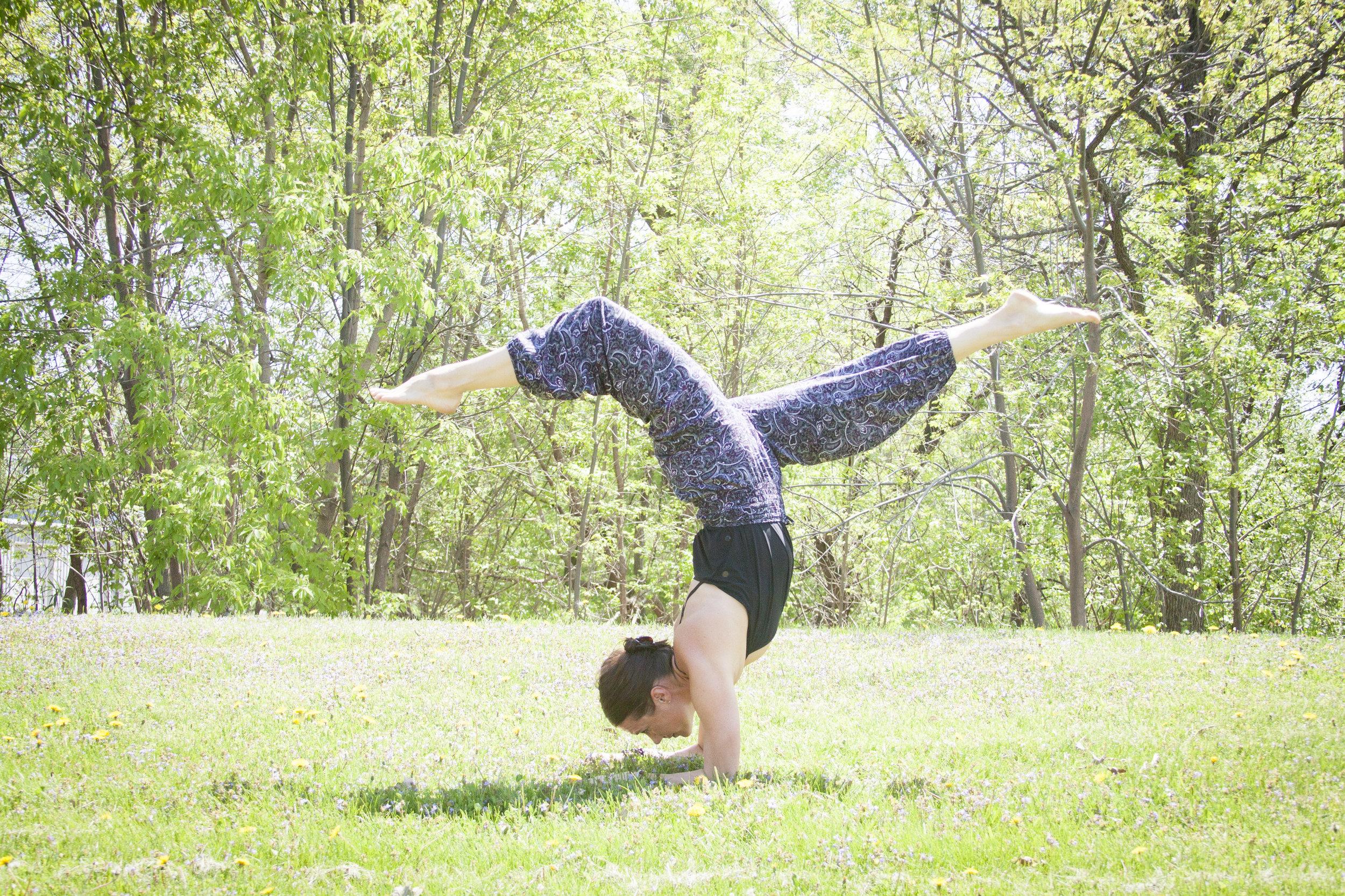 sarabecky_yoga-104.jpg