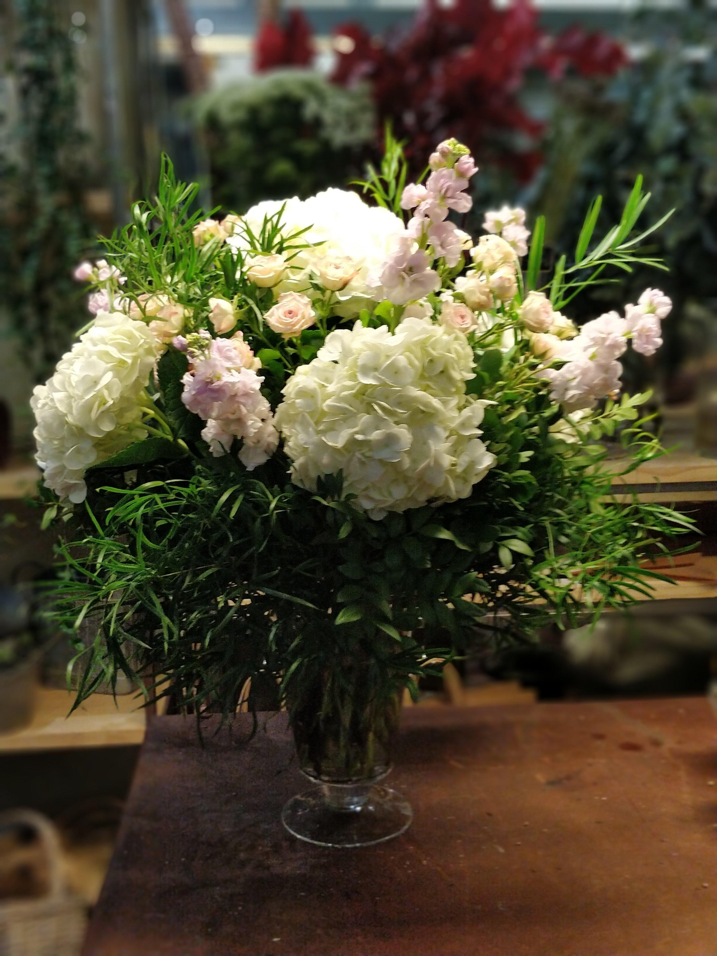 jarron hortensias blancas.jpg