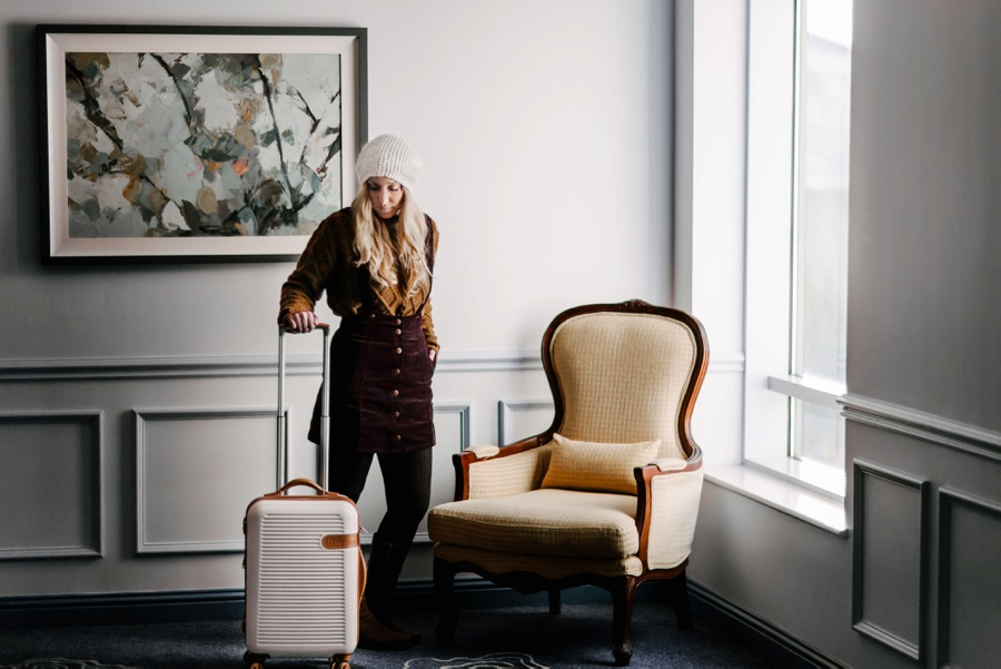 ROAD TRIPPING WITH IT LUGGAGE THROUGH IRELAND