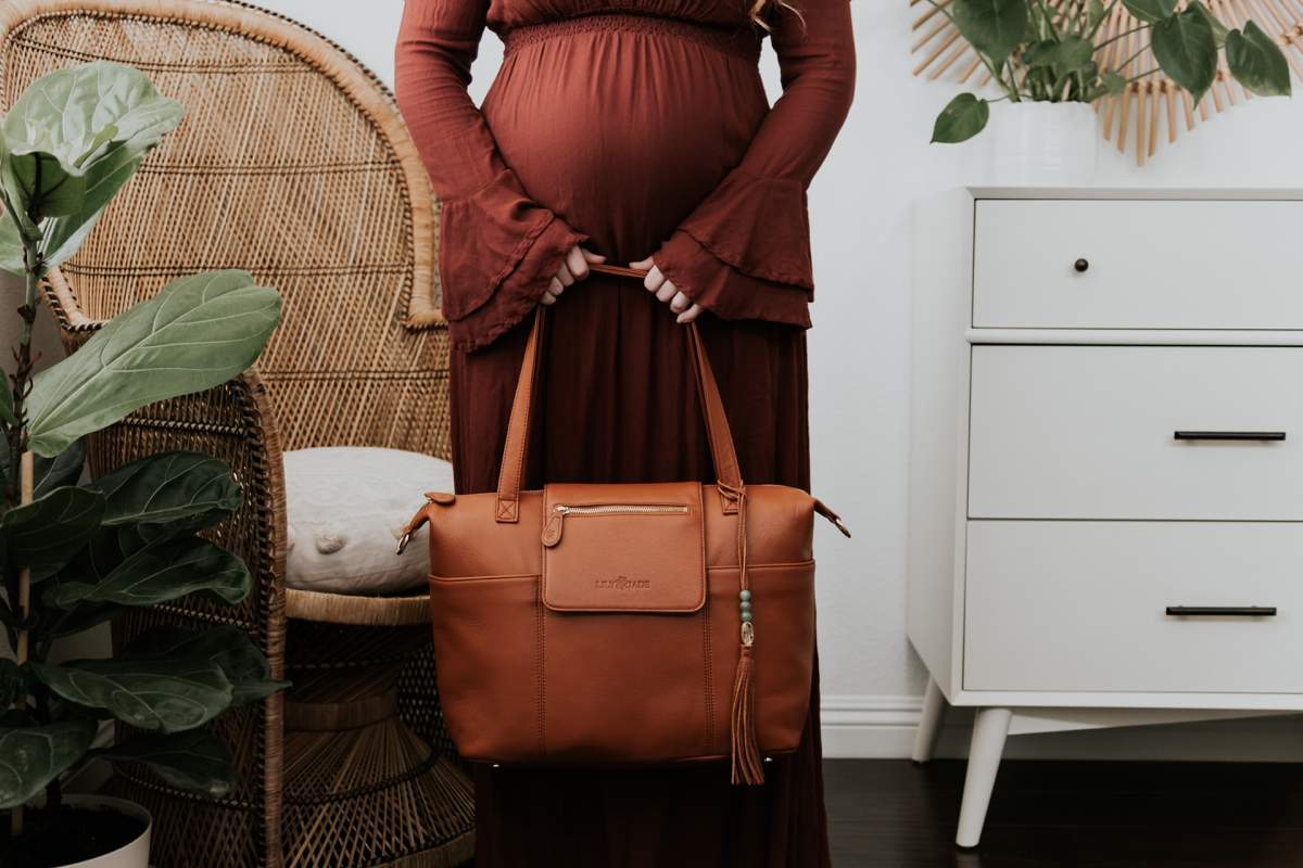 Kandis_Marino_Photography_Lifestyle_Lily_Jade_Mom_Blogger_Diaper_Bag_0001.jpg