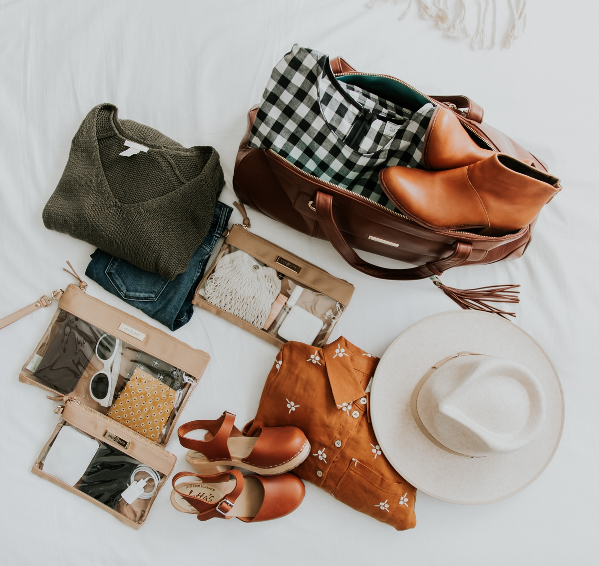 Kandis_Marino_Photography_Lifestyle_Lily_Jade_Mom_Blogger_Diaper_Bag_Weekender_Bag_0002.jpg