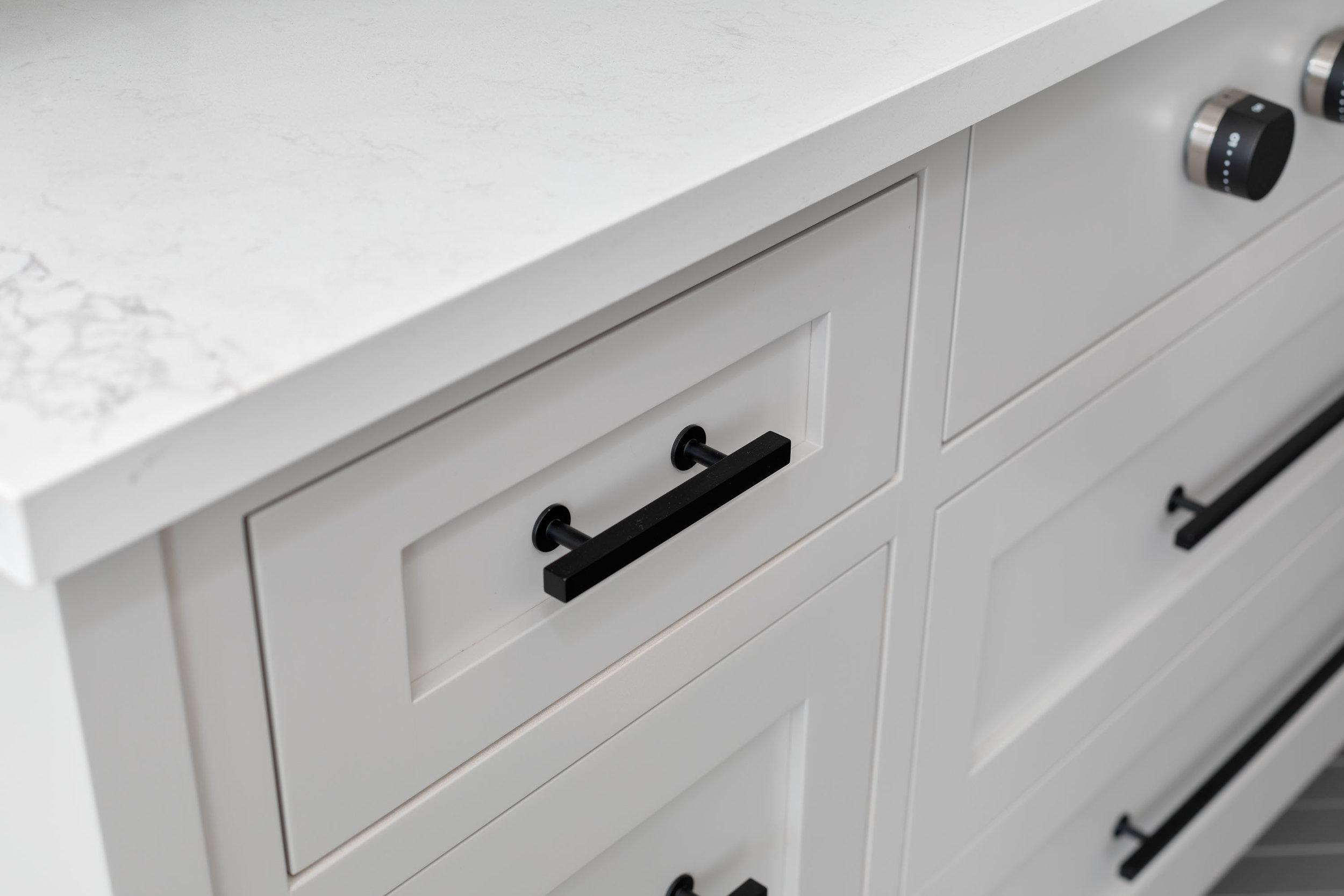 3361 Cabinet Detail 1.jpg