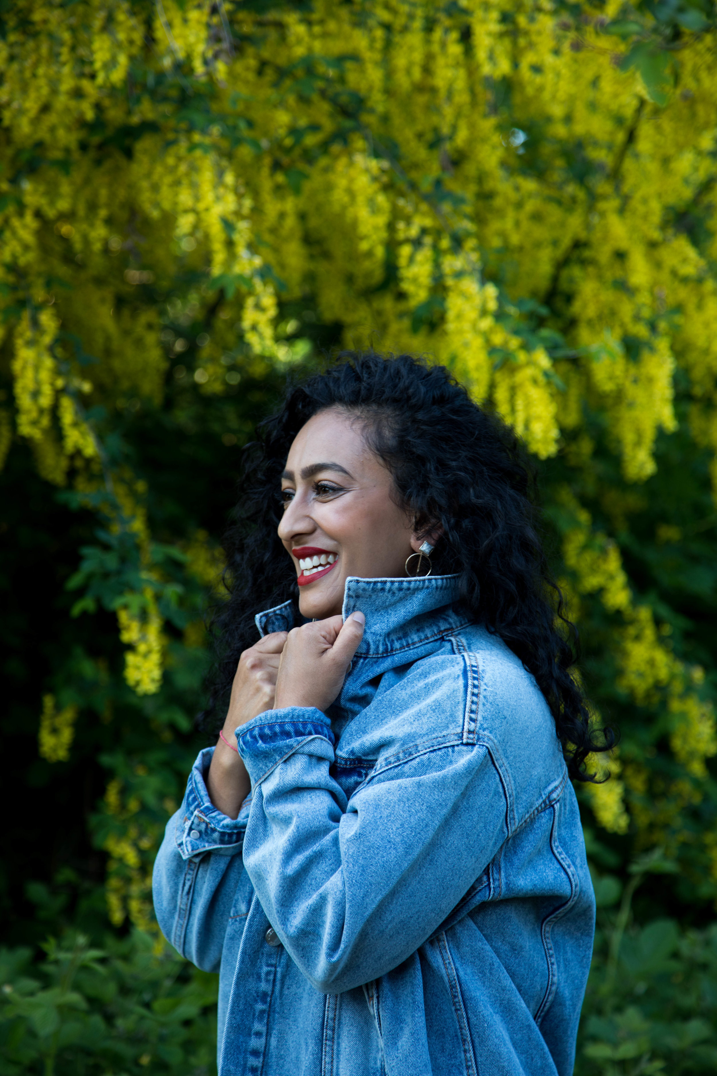 yellow bush laughing.jpg