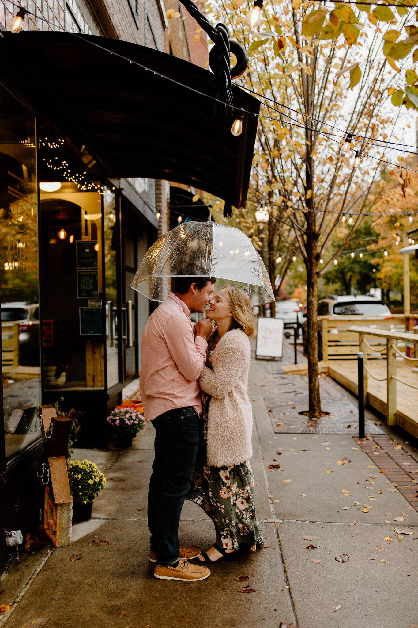 downtown Fayetteville engagement photos