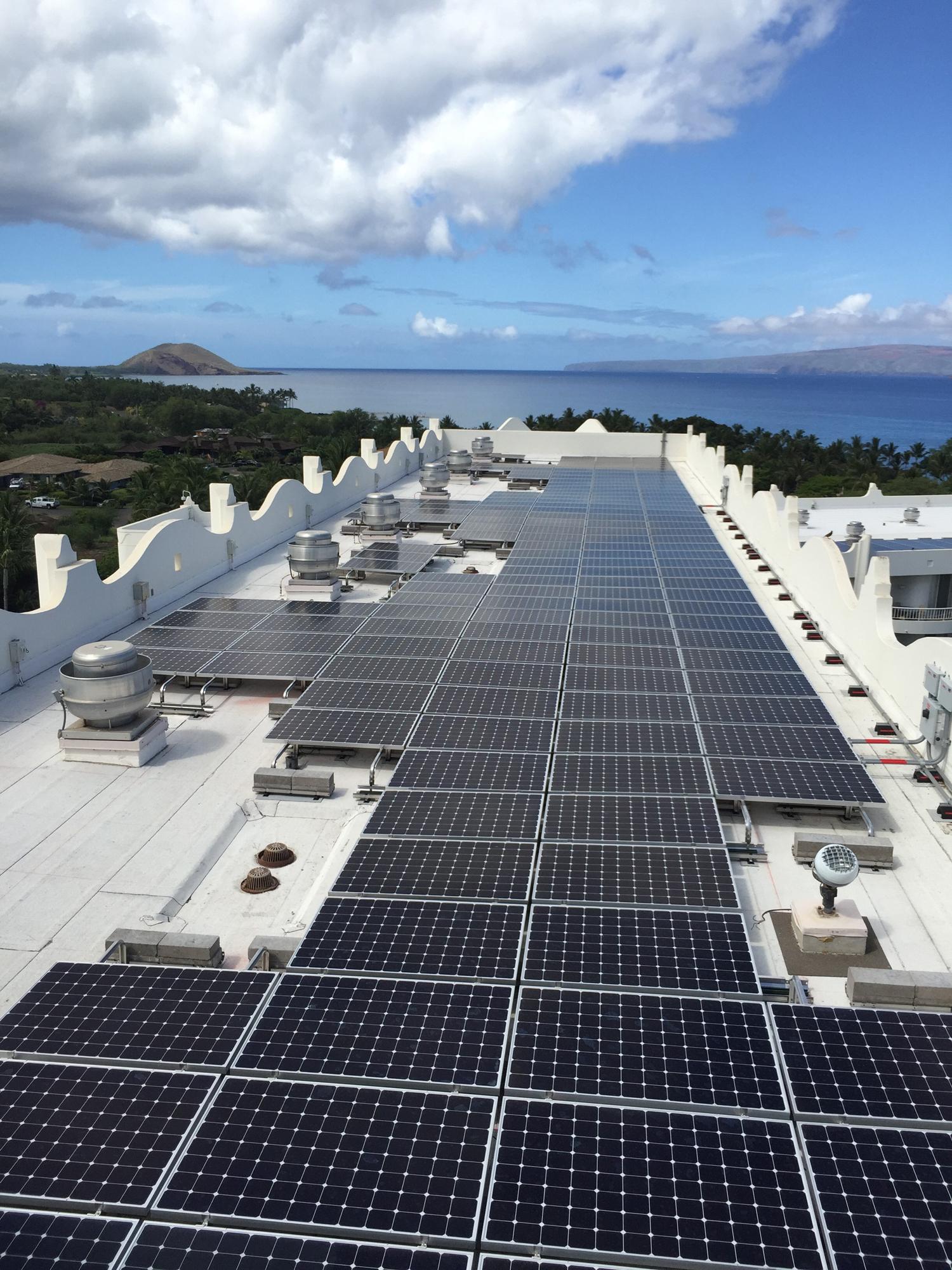 fairmont_solar_roof6_resized.jpg