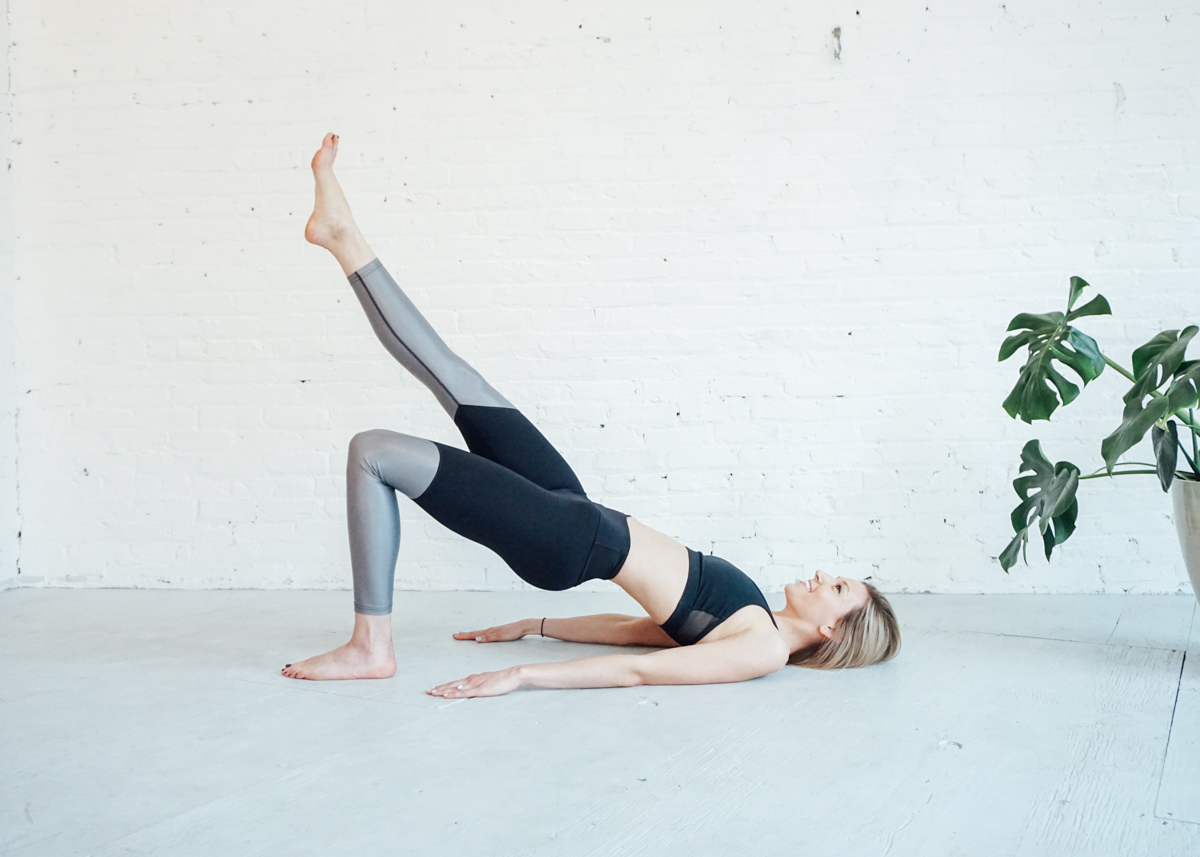 westoffelicity-5exercises-tone-and-tighten09099.jpg