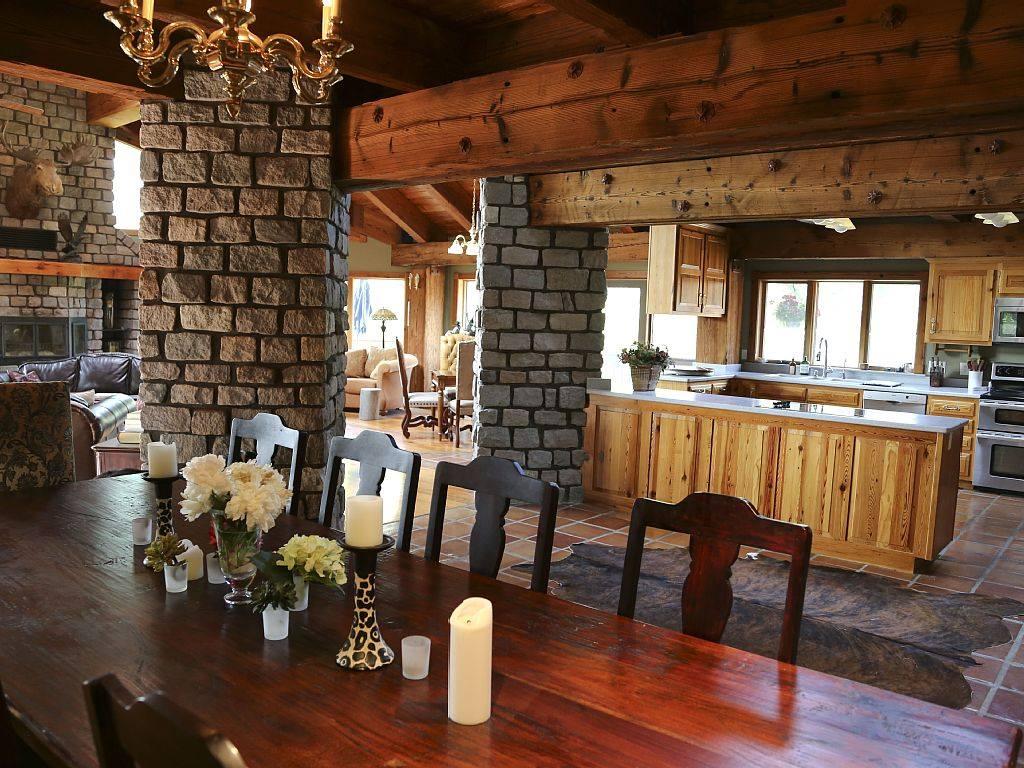 House - Kitchen.jpg