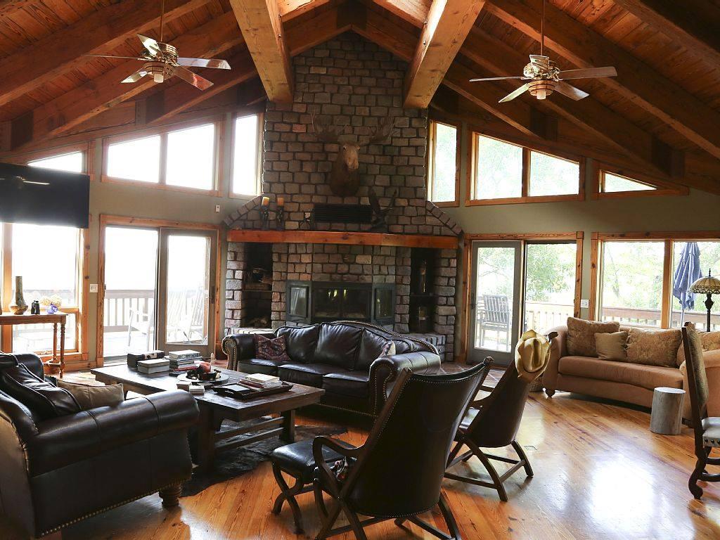 House - Main Lodge.jpg