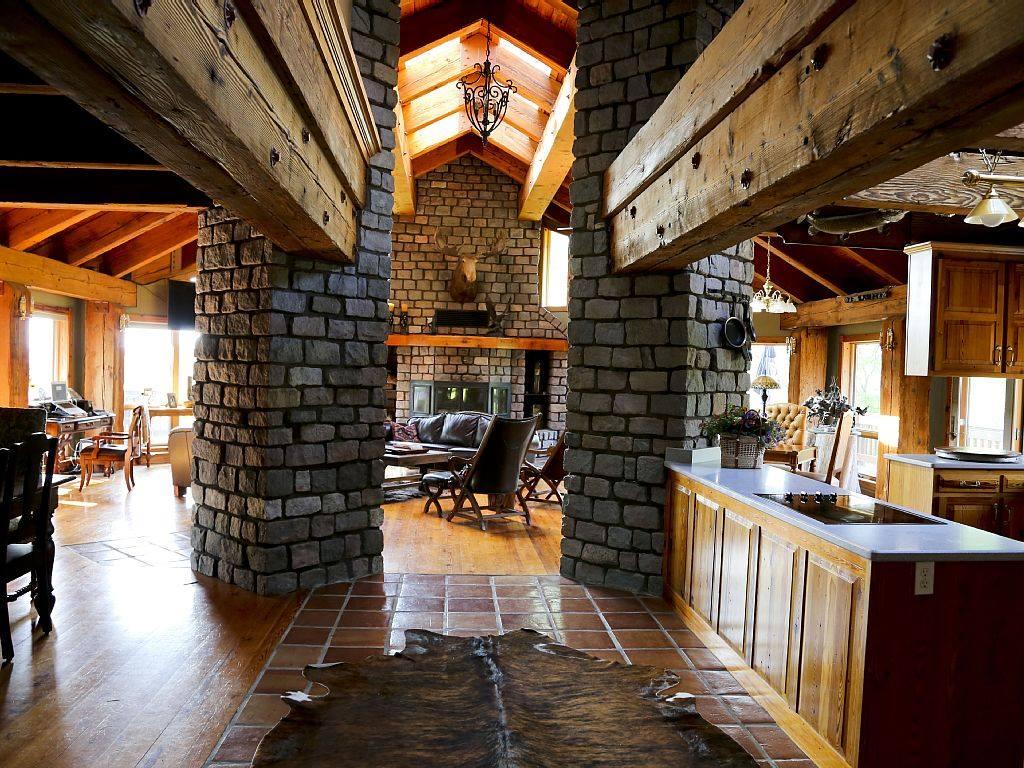House - main floor.jpg