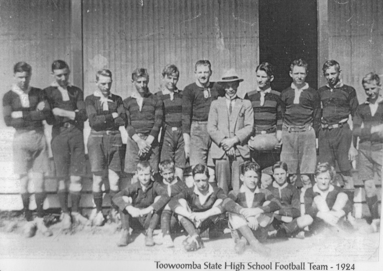 1924_Football.jpg
