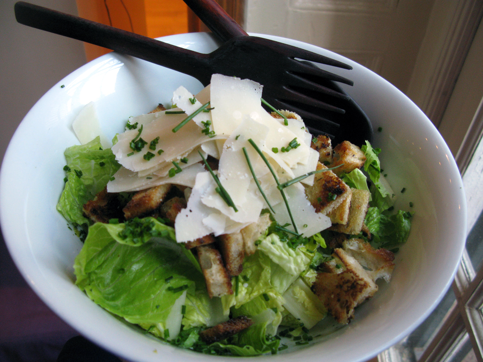 toss together a fast caesar salad for a lemony, crunchy, healthy flavor bomb