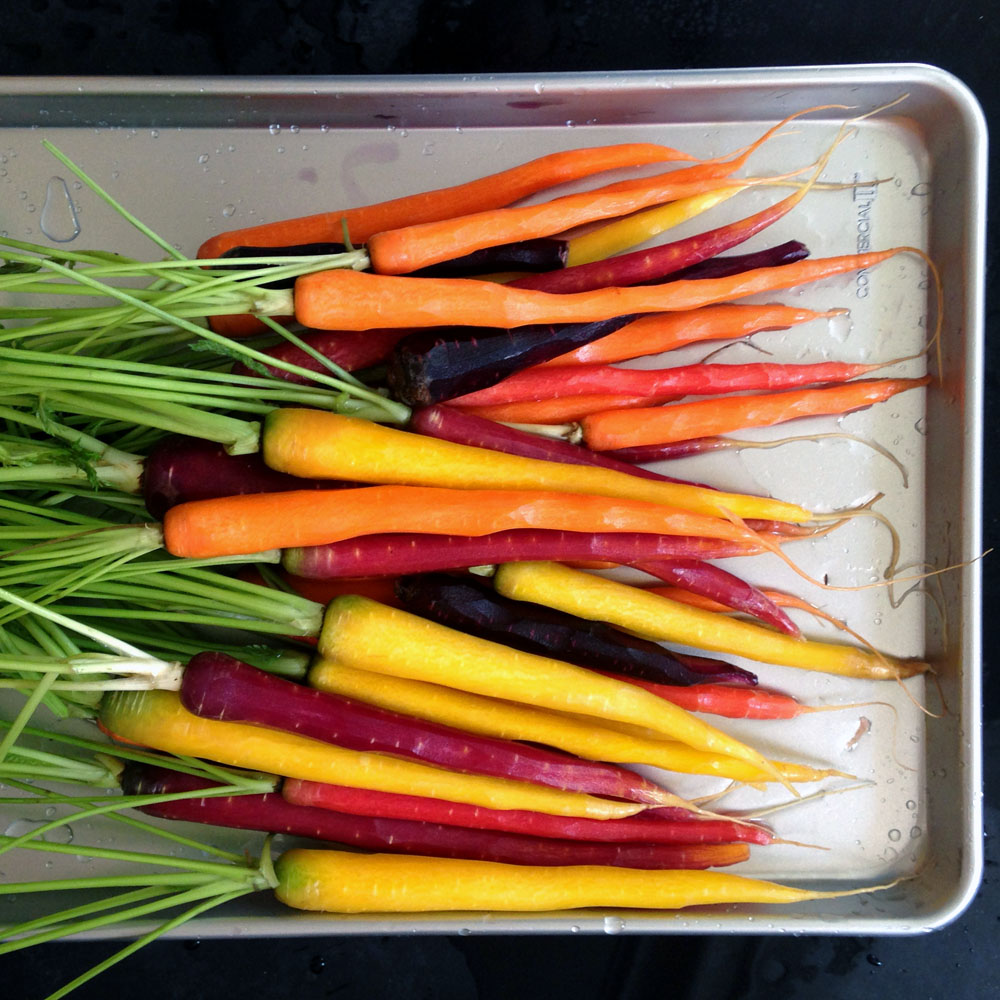 roasted carrots make an easy, healthy, colorful meal