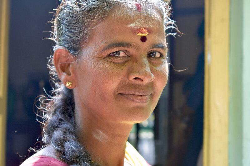 travel-india-woman-portrait.jpg
