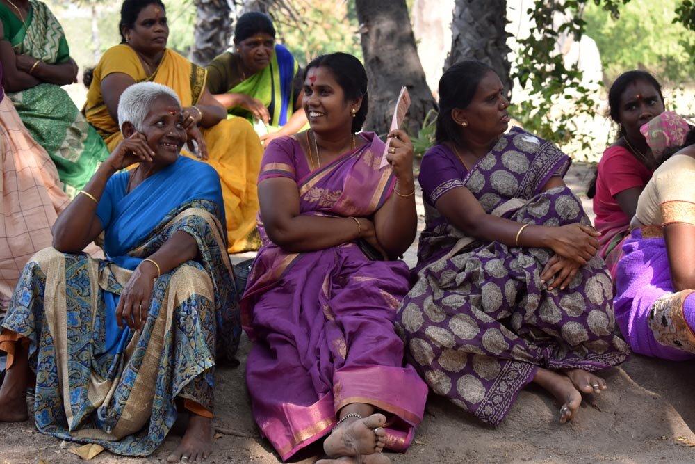 travel-india-women-1000.jpg