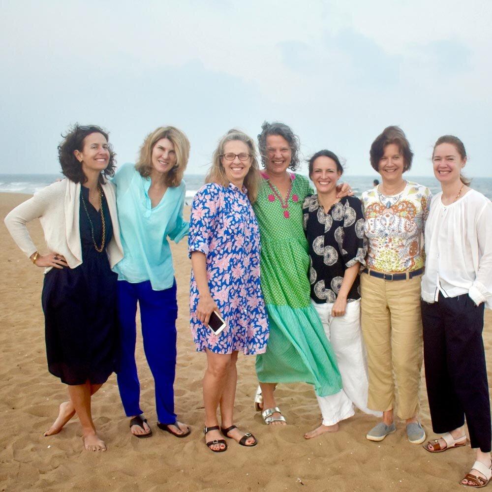 travel-india-group-beach-1000.jpg