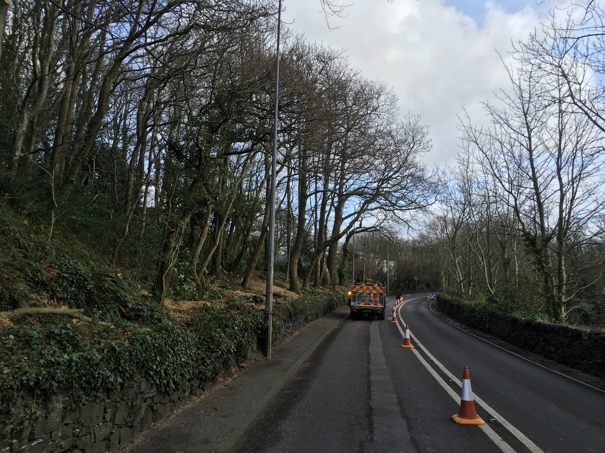 An urgent road clearance project which we specified and implemented at short notice.