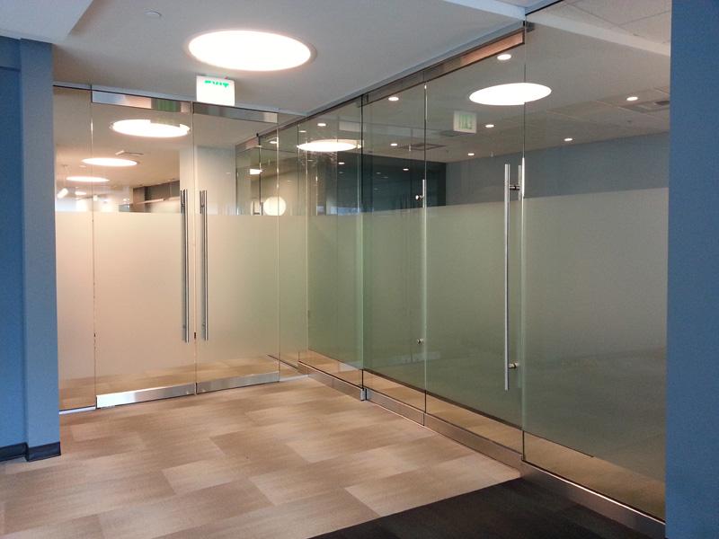 conference-glass-film-3.jpg