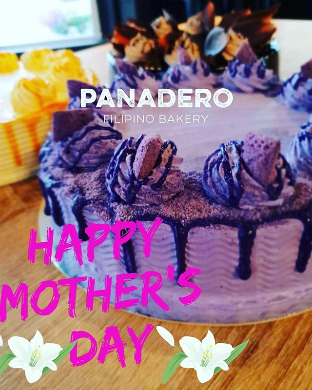 One way of saying 'I love you mum' is by giving her something SPECIAL - CAKE by PANADERO FILIPINO BAKERY! ❤️👩👧👦🍰 . . We are now accepting cake order on Mother's day!!! 💜❤️ . . #iloveyoumum #mothersday #cakes #panaderofilipinobakerynz #panaderobakery #panaderobakerychch #churchcorner #christchurchbakery #christchurch #newzealand
