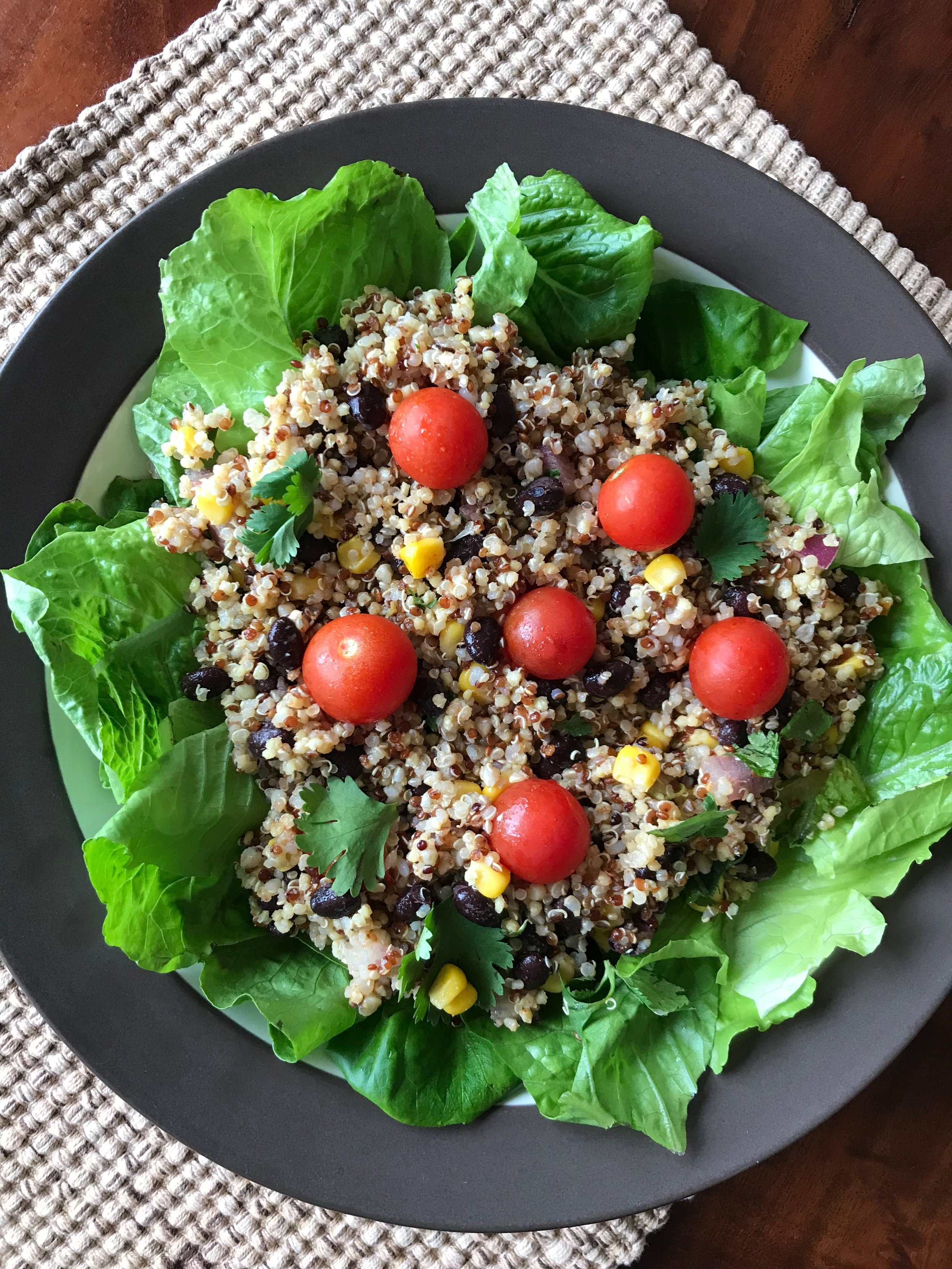 Mexican Quinoa Salad - a tasty and light, yet filling and extraordinary nutritious salad combo