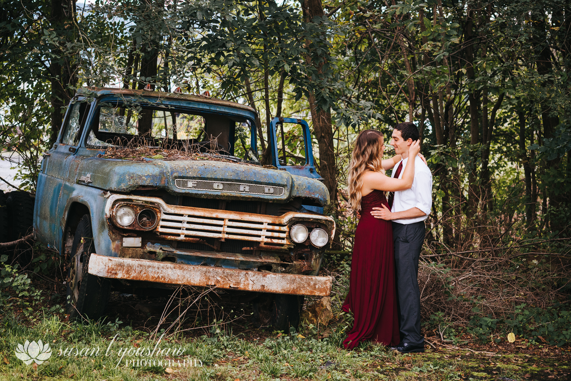 BLOG Lauren and Andy SLY photography LLC-4.jpg