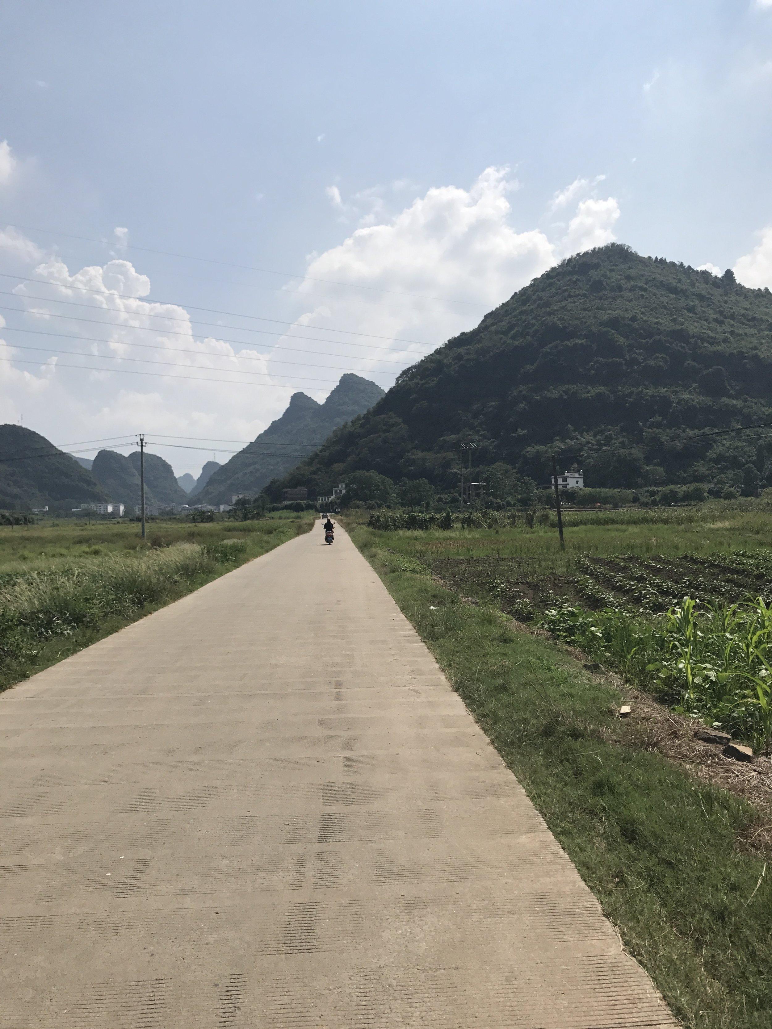wandering the back roads of Yangshuo, China