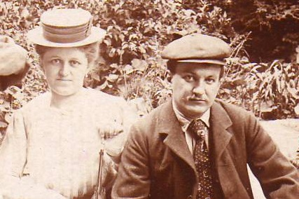 3 My Grandparents Hedwig and Alfred Prischl.png