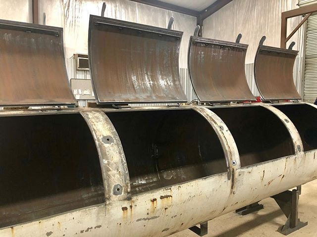@wrightsbarbecue going #smooth just the way I like it! See you next week. #gottagetamoberg #meatsmokelove #rolling #smoker #bbq #1000gallonsmoker #1000gallon #deadlines