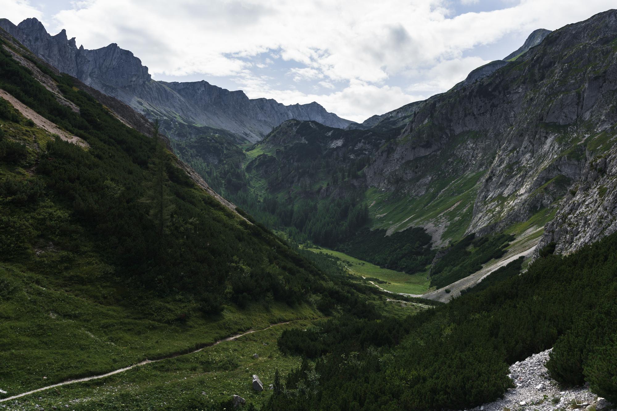 Blick vom Franzosenkreuz zur Voisthaler Hütte