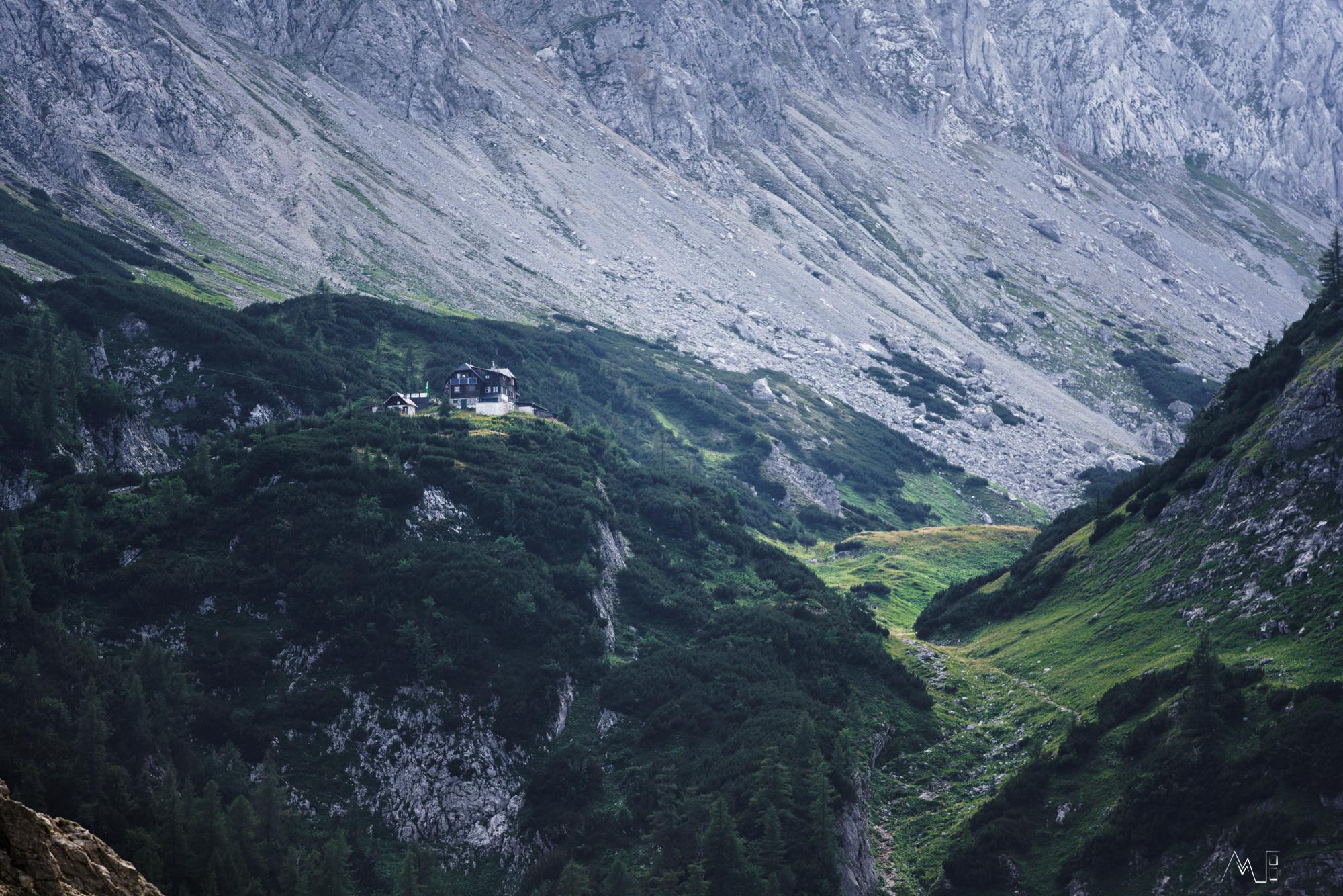 Die Voisthaler-Hütte