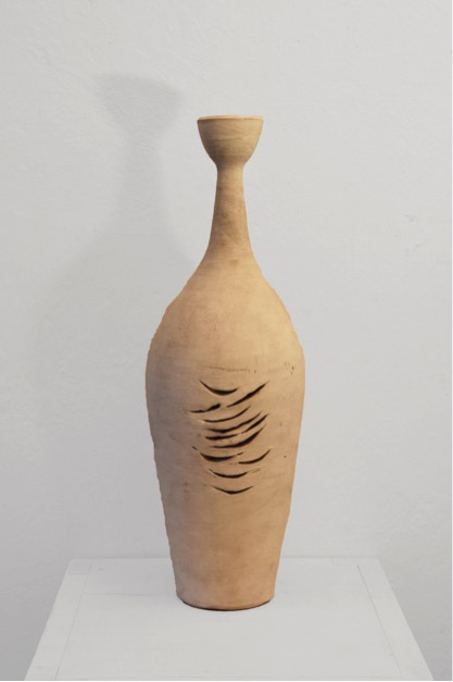 Margrit Linck,  Vasenform , c. 1955, 46.1 cm (h), terracotta, painted