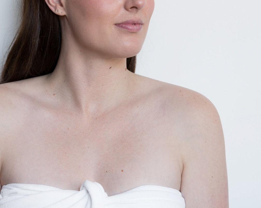 MO+ remedial facial sculpting beauty massage.jpg