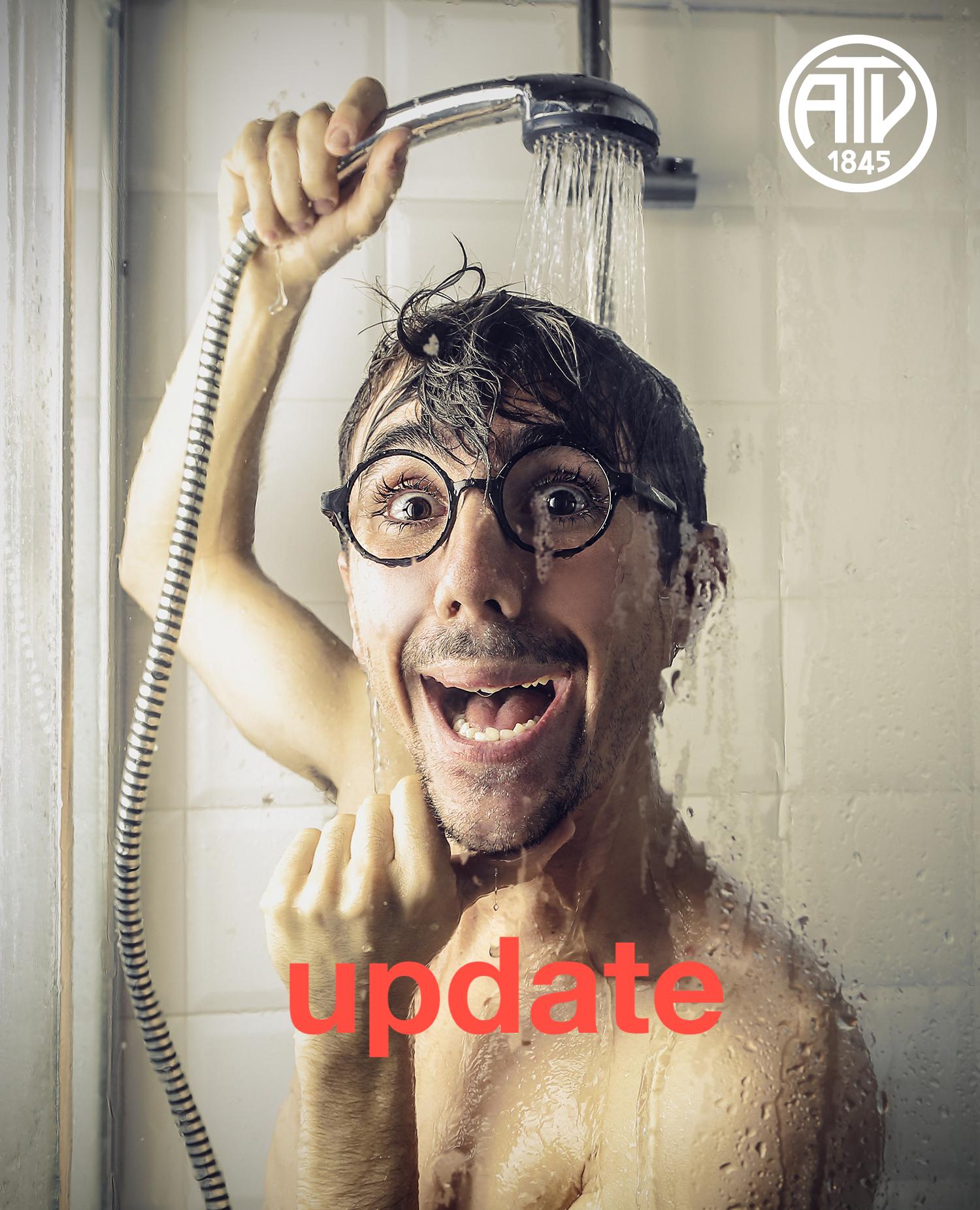 UPDATE ZUM BAUFORTSCHRITT:   Liebe Mitglieder, leider müssen wir Euch mitteilen, dass die neuen Duschen und Umkleiden nicht im Laufe des August 2019 fertig gestellt werden können.  Der Grund: Akuter Personalmangel in der Baubranche, vor der auch wir uns, trotz unserer soliden und guten Geschäftsbeziehungen, nicht schützen können. Selbstverständlich üben wir den nötigen Druck auf die Firmen aus, jedoch müssen wir auch den kooperativen Stil waren, um überhaupt ein zeitnahes Ergebnis zu erhalten. Die Duschen und Umkleiden werden nun voraussichtlich im  Oktober 2019  fertig gestellt werden können. Auch die Fertigstellung der neuen Spinde mit RFID-Schlössern verzögert sich, so dass wir vorerst noch einmal die alten Spinde, für ein paar Wochen, aufstellen müssen.  Wir bitten dies zu entschuldigen. Die Auswirkungen der vollen Auftragsbücher in den Firmen und der Industrie sind auch bei uns deutlich spürbar und ziehen leider solche zeitlichen Verzögerungen nach sich. Bei weiteren Fragen oder Rückmeldungen melden Sie sich gerne bei unserem zuständigen Architekten: 040 39 02 502  - Euer ATV-Team -