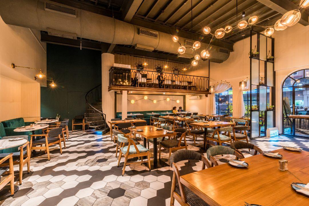 Canto-Cafe-&-Bar-Charni-Road-Mumbai-7.jpg