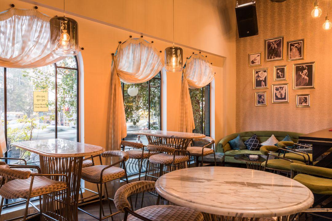 Canto-Cafe-&-Bar-Charni-Road-Mumbai-3 (2).jpg
