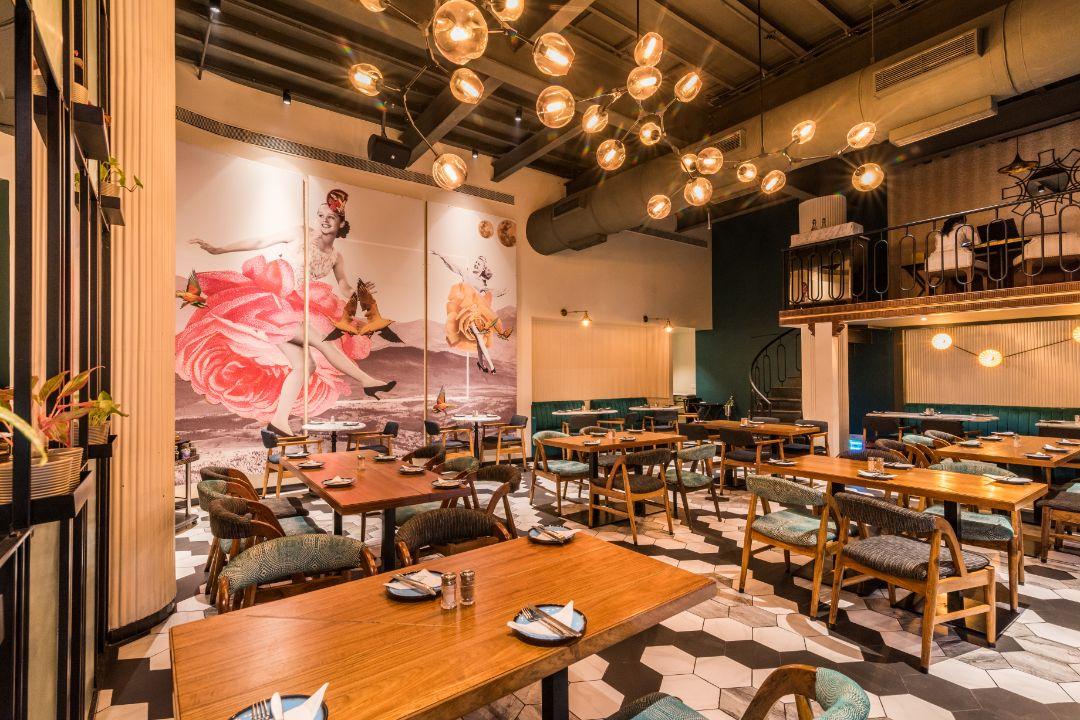 Canto-Cafe-&-Bar-Charni-Road-Mumbai-4 (1).jpg
