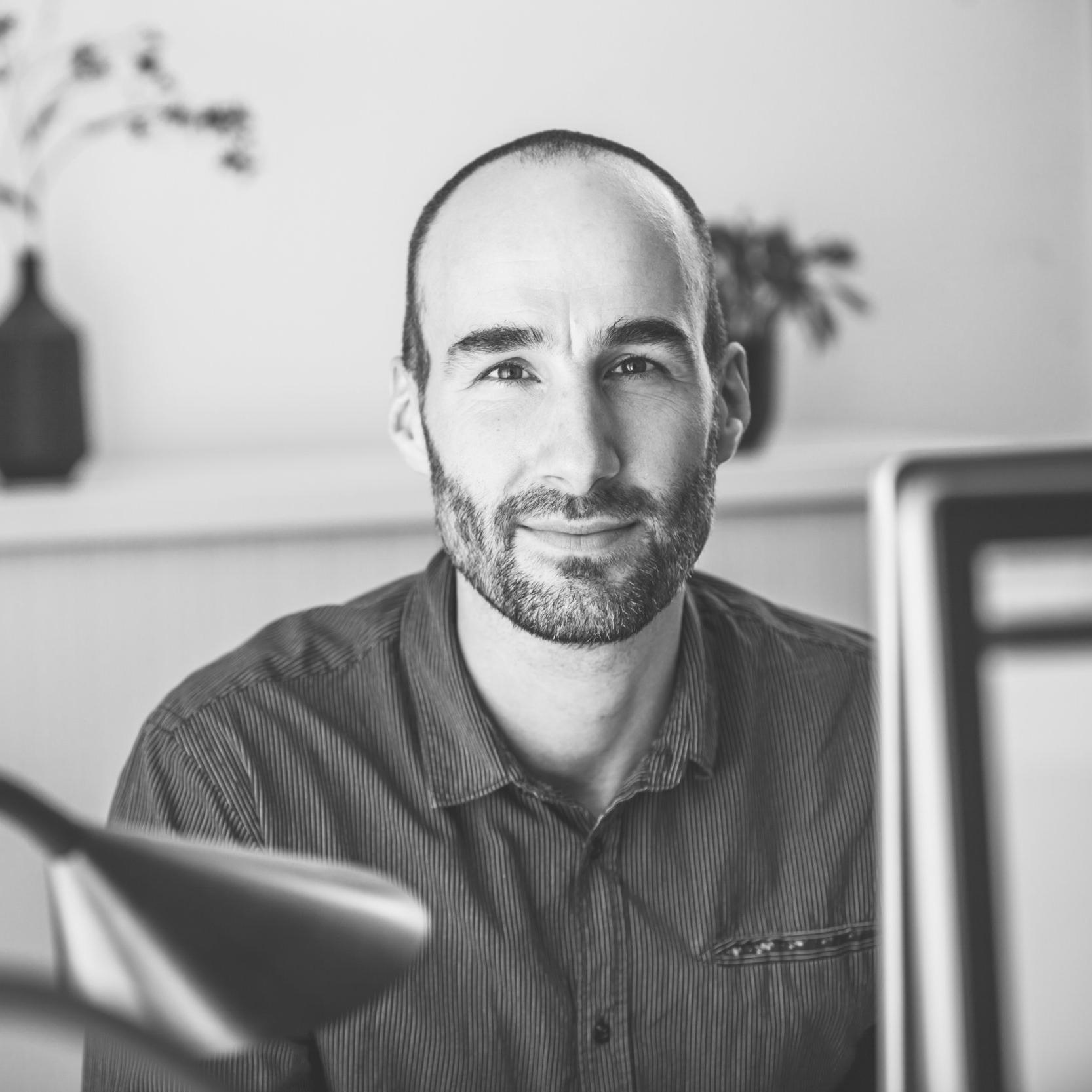 Jasper van Roemburg, BSc - Advisor Operations and Business Development