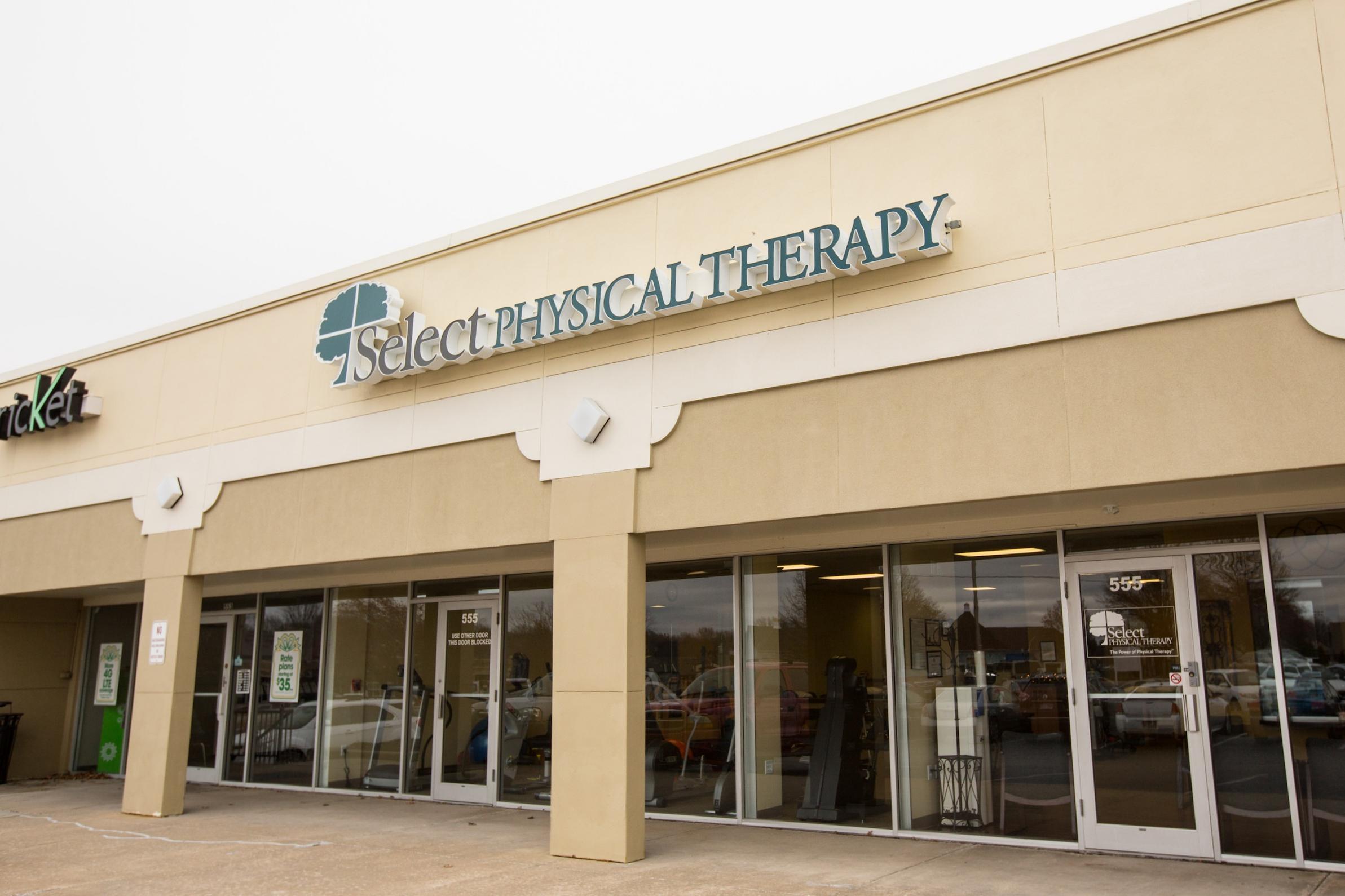 Exterior facade of Select Physical Therapy