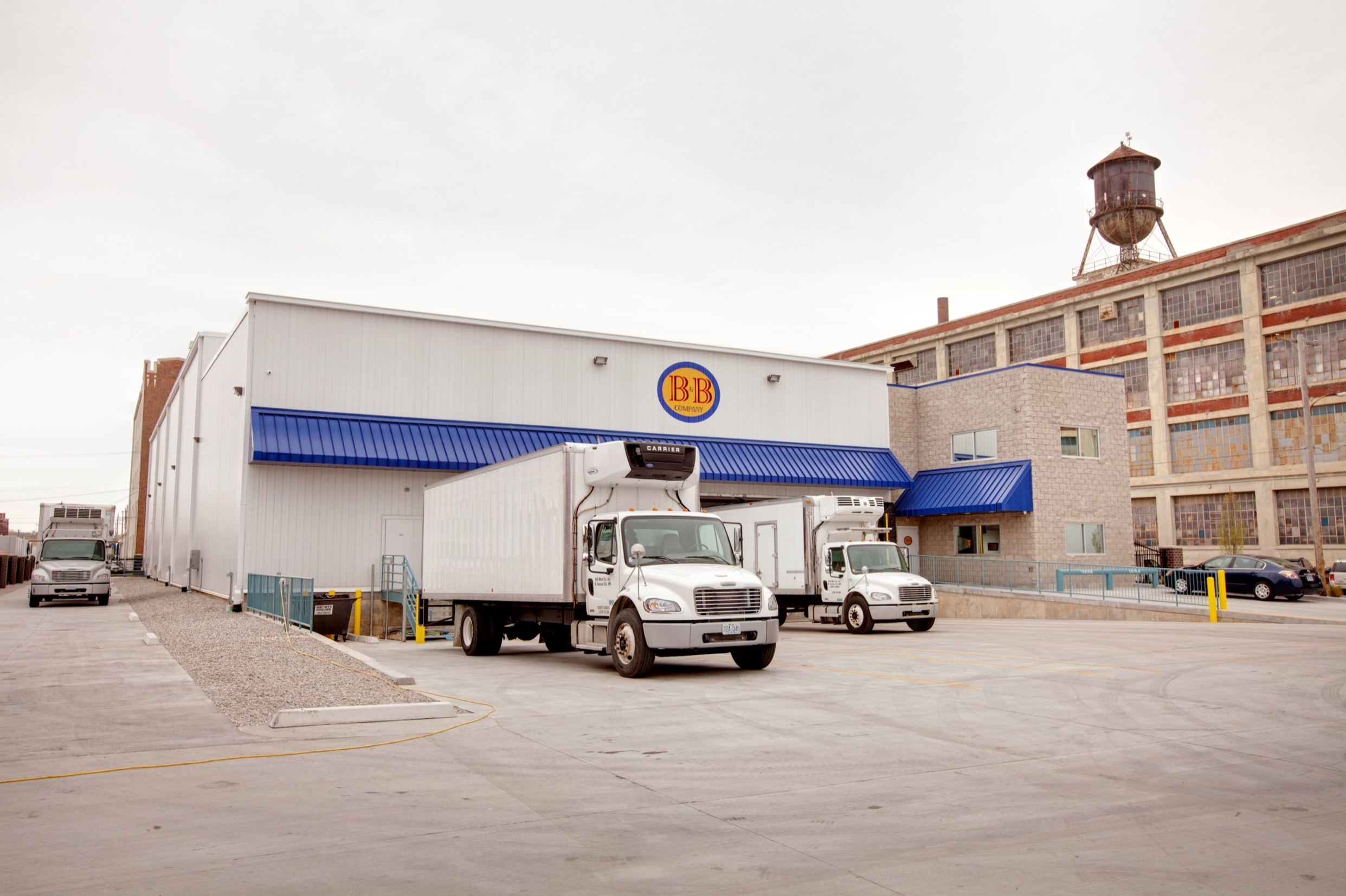 Exterior view of the loading docks at B&B Meat