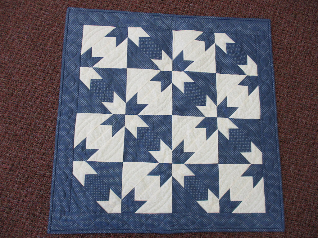 100, HUNTER STAR, 32x32, Pieced and Donated by William Koppenhaver, Quilted by Joan Tice