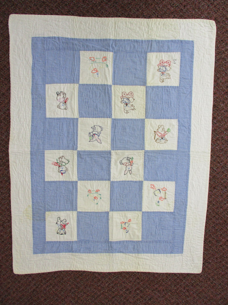 136, VINTAGE EMBROIDERED CRIB QUILT, 30x40, Donated by Harold King
