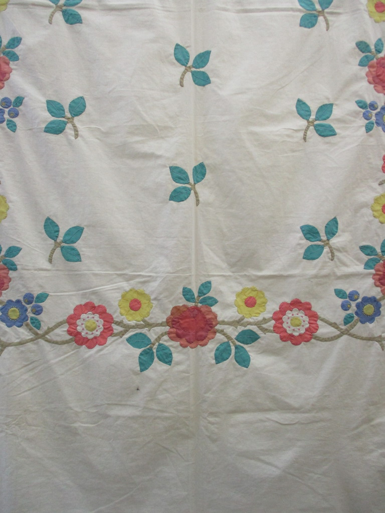 164, VINTAGE ROSE GARDEN TOP, 81x98, Appliqued by the late Elizabeth Martin